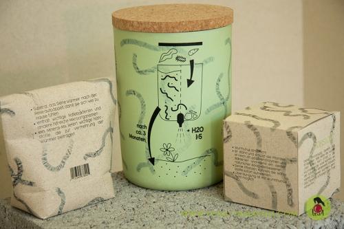 compost system urban gardening humus bokashi würmer mikroorganismen verpackungsdesign product design produktdesign graspapier